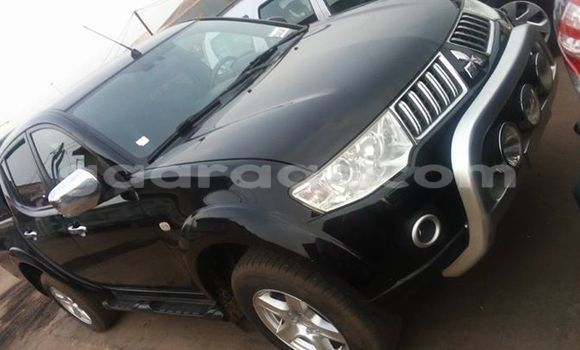 Acheter Voiture Mitsubishi L200 Noir à Gueule Tapee Fass Colobane en Dakar