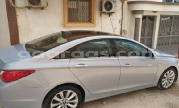 Acheter Voiture Hyundai Sonata Bleu à Ouakam en Dakar